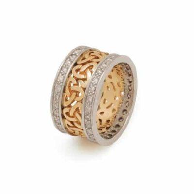 Arda Gold Trinity Knot Band With Diamond Rims