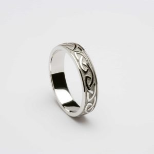 Celtic Knot Raised Pattern Narrow Band Ring