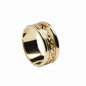 Celtic Knot Raised Pattern Ring with Yellow Gold Band And Light Gold Rims