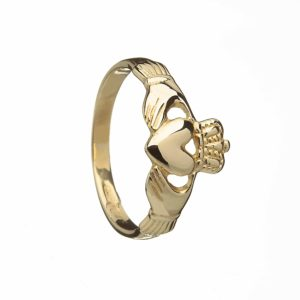 10Ct Claddagh Ring