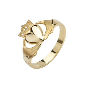 10ct yellow gold elegant Claddagh design ring