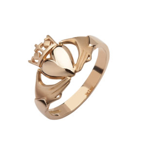 10ct rose gold elegant Claddagh design ring