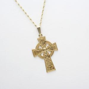 Gold Celtic Cross pendant on 18