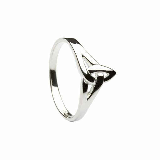 Classic Trinity Knot Ring